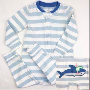 Gap Shark One Piece Romper Pajamas 18-24M